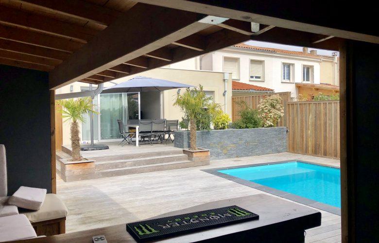 Maison de ville avec piscine a Talence
